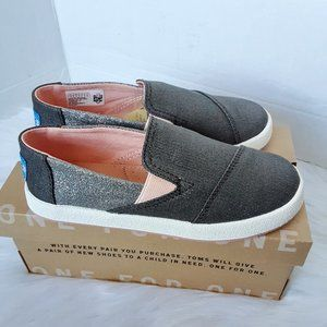 TOMS toddler girl youth avalon size 13M